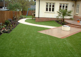 Gardener reigate dewdney landscaping for Garden design reigate